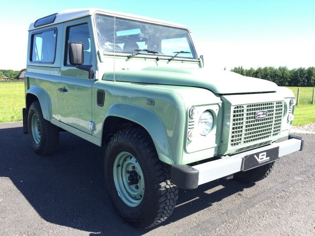 2015 65 LAND ROVER DEFENDER 2.2 TD HERITAGE STATION WAGON 3d 122 BHP 1of 400 made