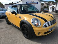 USED 2009 59 MINI HATCH COOPER 1.6 COOPER 3d 118 BHP Yellow, Gloss black alloys, Full history, Service MOT and warranty inc