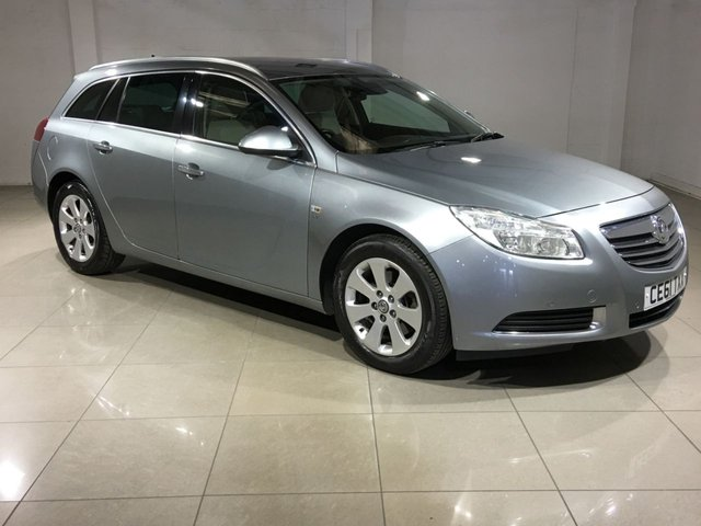 View our 2011 61 VAUXHALL INSIGNIA 2.0 SE NAV CDTI 5d AUTO 158 BHP