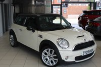 USED 2009 09 MINI HATCH COOPER 1.6 COOPER S 3d 172 BHP HALF CARBON BLACK LEATHER + FULL SERVICE HISTORY + VISIBILITY PACKAGE + CHILI PACK + XENONS + SPORTS BUTTON + 17 INCH ALLOYS