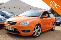USED 2006 56 FORD FOCUS 2.5 ST-3 3d 225 BHP XENONS, HEATED SEATS, & MORE