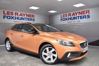 USED 2013 13 VOLVO V40 2.0 D3 CROSS COUNTRY LUX NAV 5d 148 BHP Full Volvo Service History, Sat Nav , Full Leather