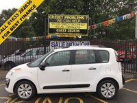 USED 2015 65 CITROEN C3 PICASSO 1.6 BLUEHDI EDITION PICASSO 5d 98 BHP STUNNING BIANCA WHITE PAINT WORK, LOVELY GREY BLACK LIBERIA CLOTH INTERIOR, ALLOYS WHEELS, AIR CON, CD PLAYER, BLUETOOTH, FRONT DRIVE LIGHTS, VERY LOW MILEAGE, ONLY 1 OWNER FROM NEW