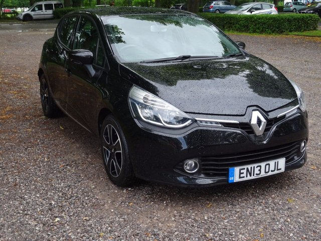 2013 13 RENAULT CLIO 1.5 DYNAMIQUE MEDIANAV ENERGY DCI S/S 5d 90 BHP  DIAMOND BLACK/BLACK CLOTH