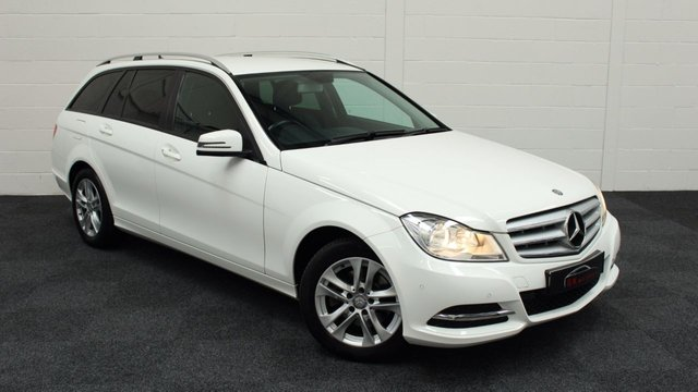 2013 63 MERCEDES-BENZ C CLASS 2.1 C220 CDI EXECUTIVE SE 5d 168 BHP