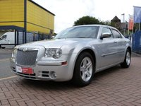 USED 2009 09 CHRYSLER 300C 3.0 CRD 4d AUTO 215 BHP LUXURY PACK ~ FULL SERVICE HISTORY ~ SAT NAV ~ HEATED LEATHER ~ BLUETOOTH CONNECT U MEDIA ~ PRIVACY GLASS
