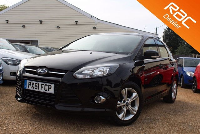 View our 2011 61 FORD FOCUS 1.6 ZETEC 5d AUTO 124 BHP