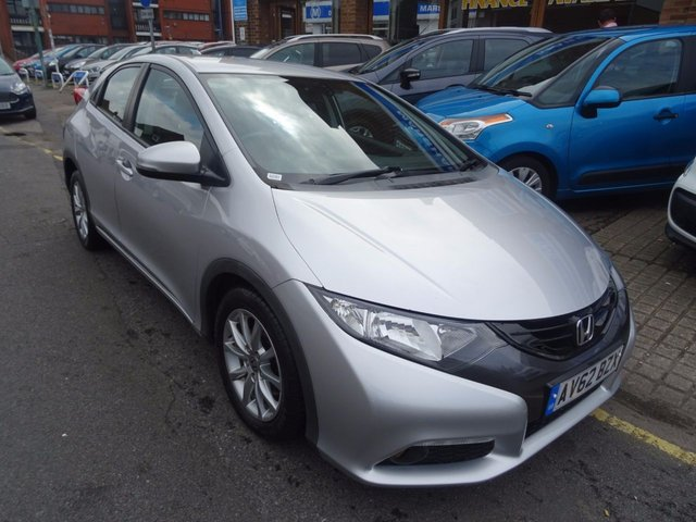 2012 62 HONDA CIVIC 1.8 I-VTEC ES 5d 140 BHP  ALABASTER SILVER/GREY FABRIC