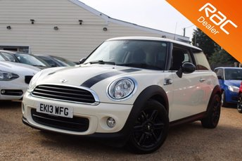 2013 MINI HATCH ONE}