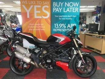 View our DUCATI STREETFIGHTER