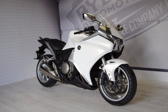 View our HONDA VFR 1200 F-A