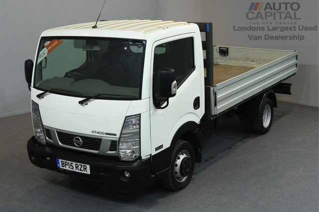 2015 15 NISSAN NT400 CABSTAR 2.5 DCI 35.14 136 BHP MWB DROPSIDE LORRY ONE OWNER FROM NEW, FULL SERVICE HISTORY