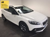 USED 2014 14 VOLVO V40 1.6 D2 CROSS COUNTRY LUX 5d AUTO 113 BHP HISTORY-LEATHER-BLUETOOTH-A/C