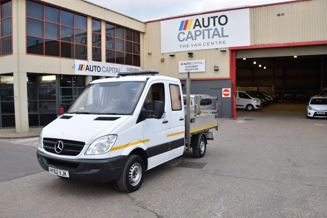 2012 62 MERCEDES-BENZ SPRINTER SPRINTER 2.1 313 CDI D/C MWB 4d 129 BHP RWD DIESEL AUTOMATIC TIPPER ONE OWNER FULL S/H  SPARE KEY