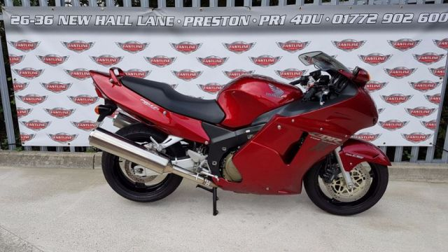 1999 T HONDA CBR1100XX SUPER BLACKBIRD Sports Tourer