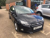 2013 FORD FOCUS 1.0 ZETEC 5d 124 BHP IN BLACK LOW INSURANCE AND VERY ERCONOMICAL £7990.00