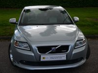 USED 2010 10 VOLVO S40 1.6 D DRIVE R-DESIGN 4d 109 BHP DESIRABLE DIESEL FAMILY CAR****£30 ROAD TAX***