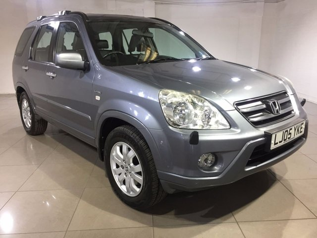 View our 2005 05 HONDA CR-V 2.0 I-VTEC EXECUTIVE 5d 148 BHP