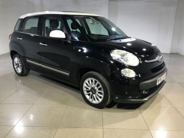 View our 2013 63 FIAT 500L 1.2 MULTIJET LOUNGE 5d 85 BHP