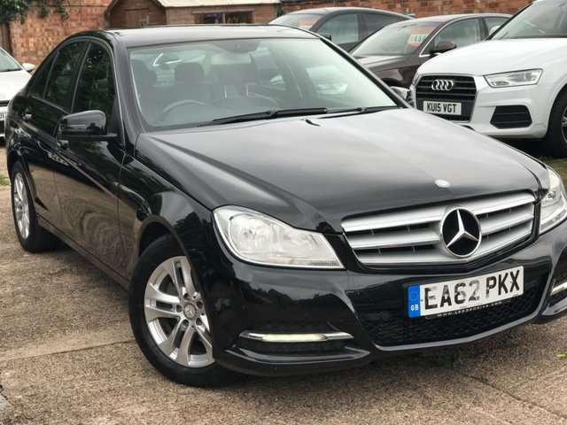 2012 62 MERCEDES-BENZ C CLASS 2.1 C200 CDI BLUEEFFICIENCY EXECUTIVE SE 4dr 135 BHP