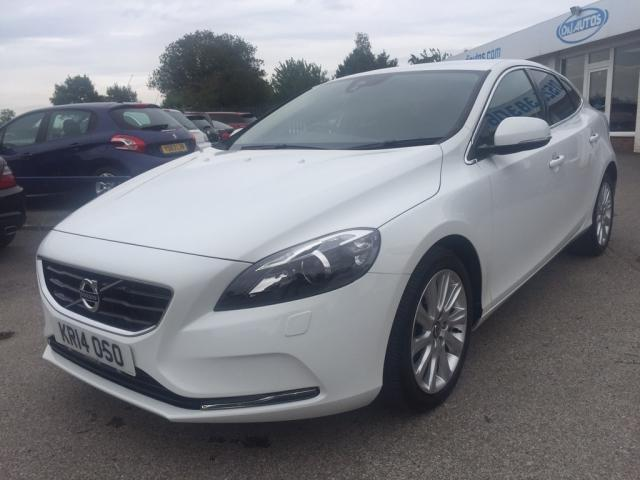 2014 14 VOLVO V40 1.6 TD D2 SE Lux Powershift 5dr (start/stop)