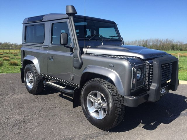 2011 11 LAND ROVER DEFENDER 2.4 90 TD XS STATION WAGON 3d 4x4