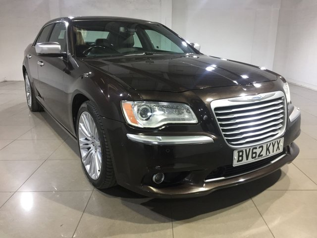 View our 2012 62 CHRYSLER 300C 3.0 CRD EXECUTIVE 4d AUTO 236 BHP