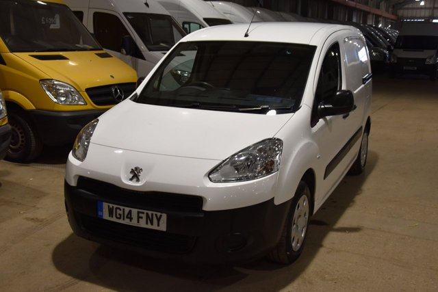 2014 14 PEUGEOT PARTNER 1.6 HDI PROFESSIONAL L1 625 5d 74 BHP AIR CON SWB DIESEL MANUAL VAN  ONE OWNER FULL S/H SPARE KEY