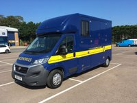 USED 2015 15 FIAT DUCATO 2.3 35 MULTIJET 1d 129 BHP FSH, A/C, BLUETOOTH, 20,000 MILES,  FIAT WARRANTY & FINANCE ARRANGED. The revolutionary Oakland Eurolite RS2 forward facing body, fitted on a 2015 Fiat Ducato chassis designed to our own specification with Anti roll bars & heavy duty suspension. One tonne payload, walk in rear tack locker, Full Defra Approval, horsebox from new with Only 20,000 mile, still under Manufacturers Warranty with E/W, Air con & Phone kit.
