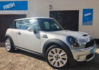 USED 2009 59 MINI HATCH COOPER 1.6 COOPER S CAMDEN 3d 175 BHP