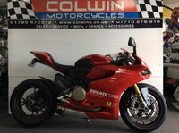 USED 2014 63 DUCATI 1199 PANIGALE 1198cc 1199 PANIGALE S ABS  ONLY 6,000 MILES WITH FSH!!!