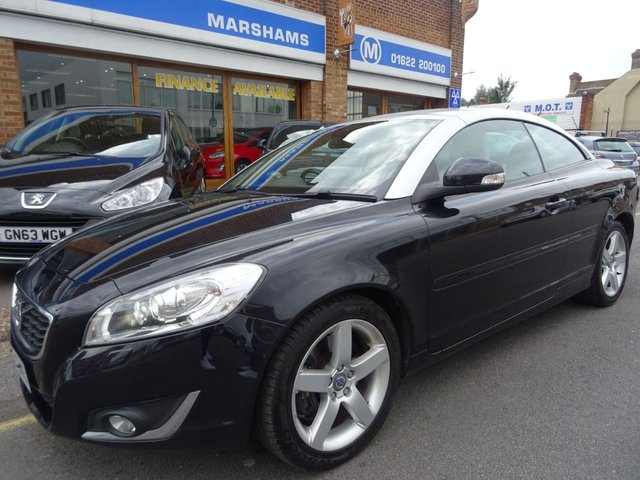 2013 13 VOLVO C70 2.0 D3 SE LUX 2d 148 BHP  BLACK with SILVER HOOD/CREAM LEATHER