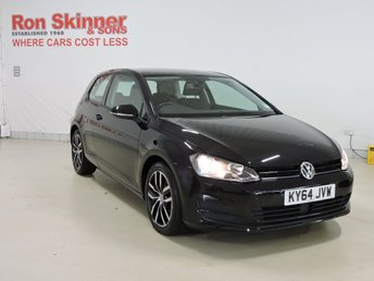 2014 VOLKSWAGEN GOLF}