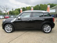 """USED 2012 62 MINI COUNTRYMAN 1.6 COOPER D 5d 112 BHP HALF LEATHER, 17"""" ALLOYS, CLIMATE CONTROL, PARKING SENSORS,FULL MAIN DEALER SERVICE HISTORY, SPARE KEY"""