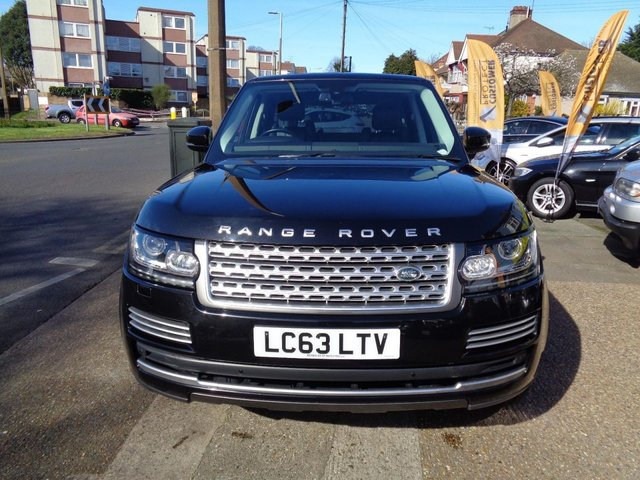 View our 2013 13 LAND ROVER RANGE ROVER EVOQUE 2.2 SD4 PURE TECH 5d AUTO 190 BHP