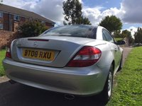 USED 2008 08 MERCEDES-BENZ SLK 1.8 SLK200 KOMPRESSOR 2d AUTO 161 BHP AUTOMATIC AND LUXURY.