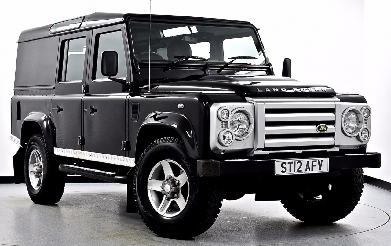 2012 Land Rover Defender 110 TD XS Utility Wagon