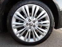USED 2012 62 JAGUAR XF 2.2 D PORTFOLIO 4d AUTO 190 BHP ** F/S/H ** B&W ** ** F/S/H * B&W AUDIO * CAMERA **