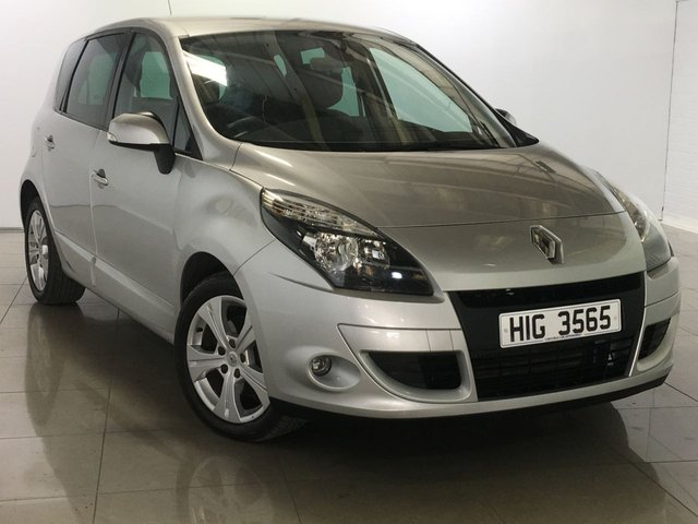 View our 2011 11 RENAULT SCENIC 1.6 DYNAMIQUE TOMTOM ENERGY DCI S/S 5d 130 BHP