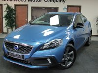 USED 2016 16 VOLVO V40 2.0 D2 CROSS COUNTRY LUX 5d AUTO 118 BHP