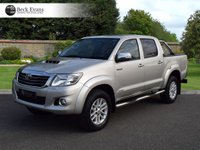 USED 2014 14 TOYOTA HI-LUX 3.0 INVINCIBLE 4X4 D-4D DCB 1d AUTO 169 BHP FULL LEATHER  ROLLER SHUTTER