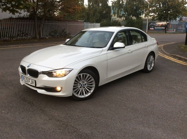2013 13 BMW 3 SERIES 2.0 318D LUXURY 4d AUTO 141 BHP