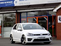 USED 2015 15 VOLKSWAGEN GOLF 2.0 R DSG 5dr AUTO (300BHP) 4WD ** Only 13000 miles **