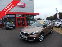 2014 VOLVO V40 1.6 D2 CROSS COUNTRY LUX 5d AUTO 113 BHP £10995.00