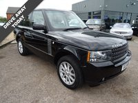 USED 2011 11 LAND ROVER RANGE ROVER 4.4 TDV8 VOGUE 5d AUTO 313 BHP Landrover service stamp history with 2 previous keepers This sought-after Vogue in Santorini Black Metallic paint with contrasting Black soft leather interior and Ivory headlining comes with £3,620 worth of optional extras such as 4 zone air conditioning worth £1075, Alston Ivory headlining £1020, detachable tow bar with 13 & 7 pin £1320, a full size spare wheel at £205.