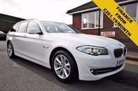 USED 2013 13 BMW 5 SERIES 2.0 520D SE TOURING 5d AUTO 181 BHP WIDESCREEN NAV + XENONS + POWER BOOT