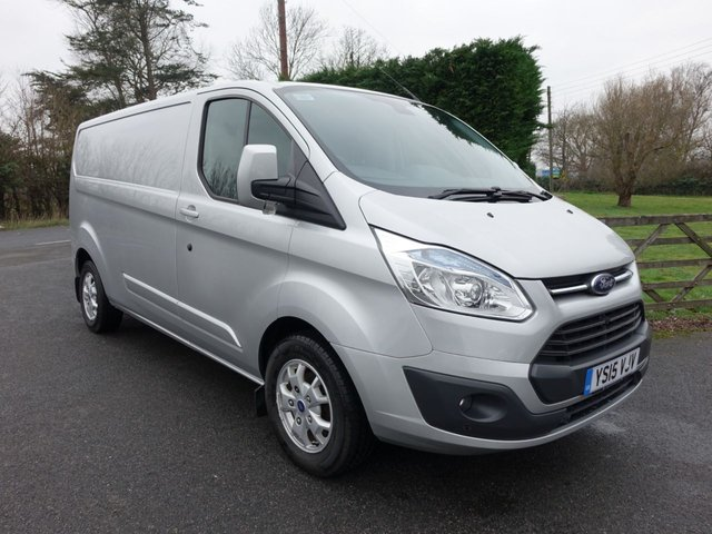 80a7761f055999 Used Ford Transit Custom vans in Eastbourne from Southern Commercial ...