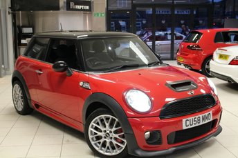 2008 MINI HATCH JOHN COOPER WORKS}