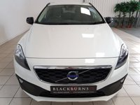 2014 VOLVO V40 1.6 D2 CROSS COUNTRY SE 5d AUTO 113 BHP £10950.00