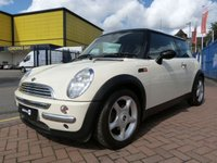 "USED 2004 04 MINI HATCH COOPER 1.6 COOPER 3d 114 BHP PART LEATHER ~ £3K OPTIONS ~ CLIMATE CONTROL ~ 16"" ALLOYS ~ REAR PARK SENSORS"